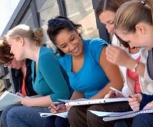 Стипендії та гранти на навчання в університетах США