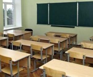 Усі школи Полтави закривають на карантин