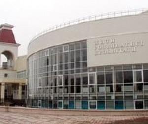 Замість української школи каналізаційний колектор?