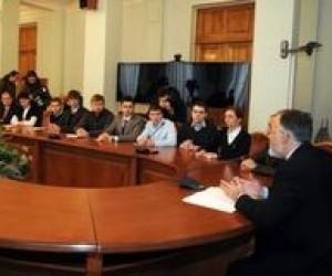 Дмитро Табачник зустрівся із представниками студентства