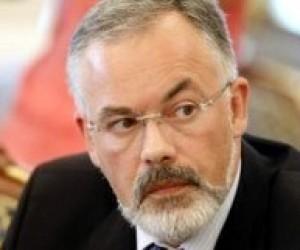 Україна не може витерпіти понад 900 вищих навчальних закладів, - Табачник