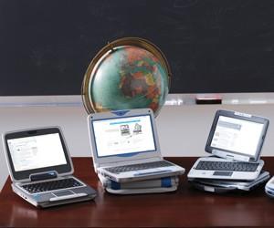 Шкільні нетбуки LBook A у навчальних класах Славутича