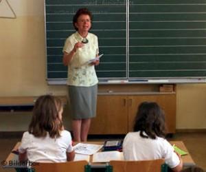 Батьки очікують реакції Президента на ситуацію із закриттям шкіл на Донеччині