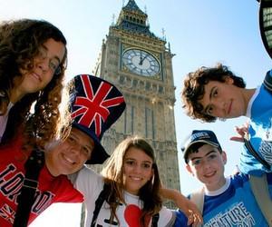 Вивчай англійську у Великій Британії! У групі веселіше!
