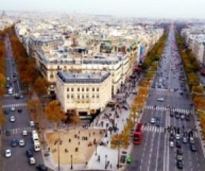 В Париже прошли протесты против образовательной реформы
