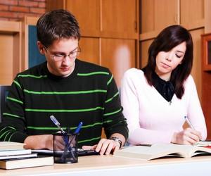 Профільне навчання допоможе подолати бар'єр між середньою освітою та ЗНО, – Павло Хобзей