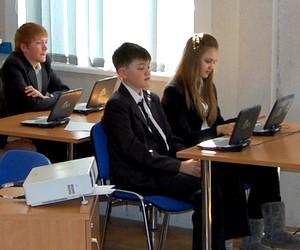 """Презентація шкільних нетбуків """"Lbook A"""" в рамках прес-конференції проекту """"Відкритий світ"""""""