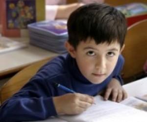МОН вчинило злочинну спробу переведення шкіл на двомовне навчання