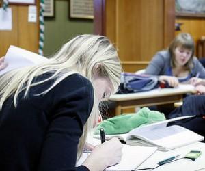 Українці вважають вдосконалення якості вищої освіти пріоритетним питанням