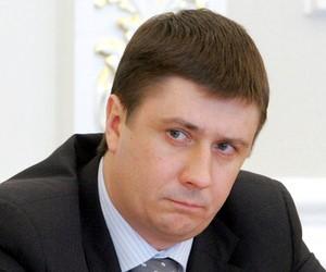 Міносвіти відмовляється оприлюднити тексти підручників з історії України для 11 класу?
