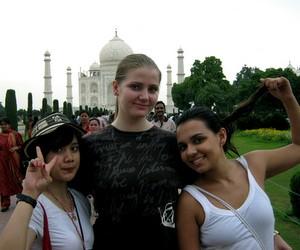 Програми стажування для молоді в Туреччині та Індії