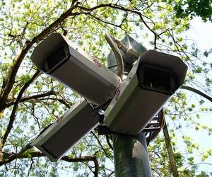 Відеокамери у школах: практика впровадження відеоспостереження в навчальних закладах