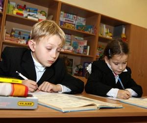 В Україні достатньо шкіл з російською мовою викладання, - експерт