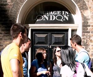 Знижка на літній мовний курс у Великій Британії