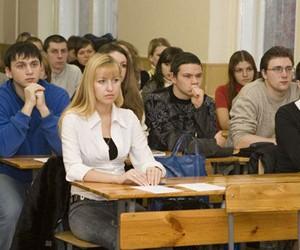 У дніпропетровських вузах подорожчало контрактне навчання