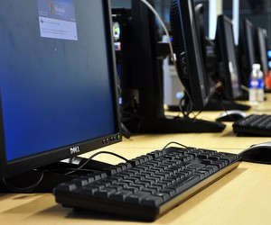 Проблему комп'ютерної грамотності вчителів вирішуватимуть їх колеги й учні