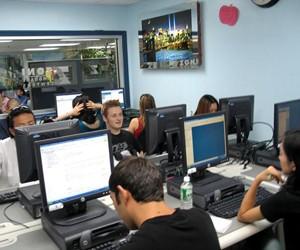 Отримайте безкоштовні тижні навчання на мовних програмах в США