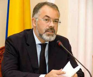 Міністр освіти не схвалює переманювання абітурієнтів
