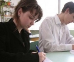 У Криму скорочується кількість випускників