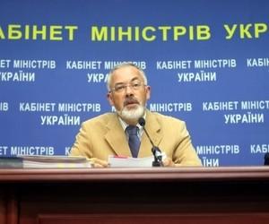 Дмитро Табачник у відставку не збирається