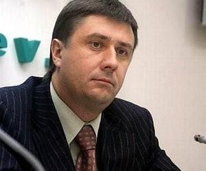 Кириленко вимагає розібратися з ситуацією щодо видачі студентських квитків