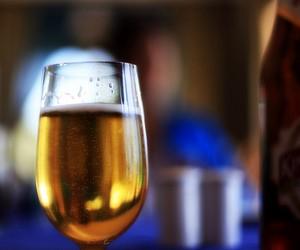 Фахівці пропонують впроваджувати державну програму протидії алкоголізації неповнолітніх