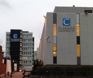 Glasgow Caledonian University: стипендії на навчання на підготовчих програмах INTO