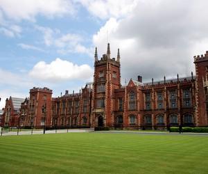 Стипендія на навчання у Queen's University Belfast (Велика Британія)