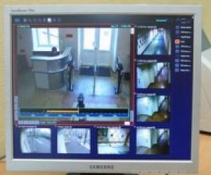Столичні школи обладнають комплексними системами безпеки