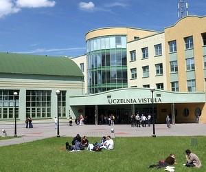Знижка на навчання у Vistula University (Польща)