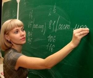 Вчителі зустрінуть Новий рік без зарплат?
