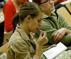 Законопроекти про вищу освіту потребують суспільного обговорення