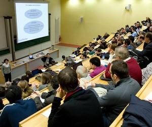 Стипендії на отримання післядипломної освіти у Франції