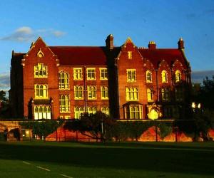 Спорт та вивчення англійської у британській школі-пансіоні