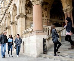Школа-пансіон Bosworth Independent College (Велика Британія)