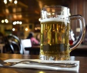 Міносвіти вимагає заборонити продаж алкоголю та тютюну у вузах