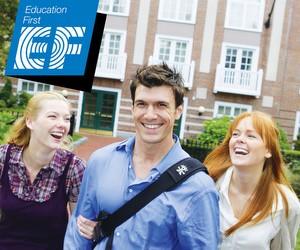 Міжнародна мережа коледжів Education First