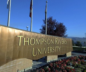 Thompson Rivers University (Канада)