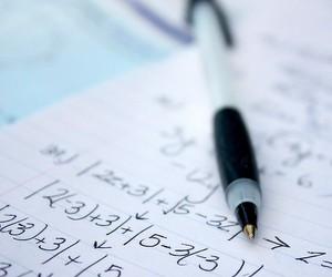 Математика - цариця наук чи задня педаль токарного верстата?