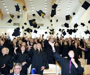 Відкрито набір на навчання в Університеті Вістула (Польща)