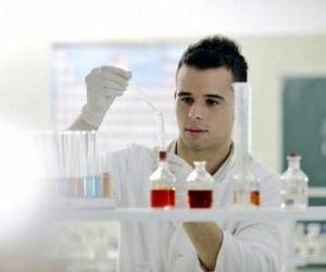 Кабмін заснував гранти для колективів молодих учених