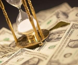 Чому під час кризи варто інвестувати гроші в себе?