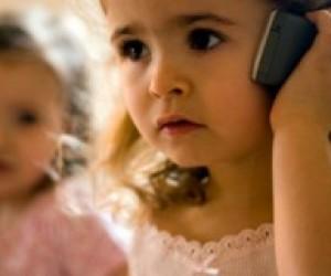 У Японії 20% школярів патологічно залежні від мобільних телефонів