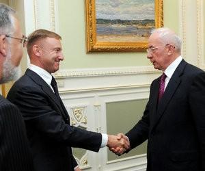 Україна налаштована на активізацію співпраці з Росією в науково-освітній сфері, - Азаров