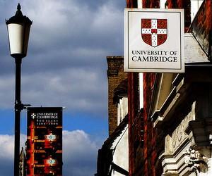 Прийом заявок на стипендіальну програму в Університеті Кембриджу