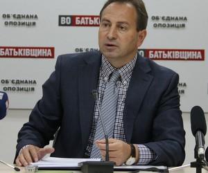 Освітня реформа зведена до побудови жорсткої вертикалі чиновницького правління, - Томенко