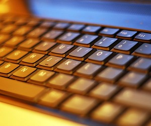Броунівський рух інформаційних технологій