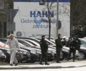 Чоловіка, який відкрив стрілянину в гімназії Німеччини, убито в перестрілці