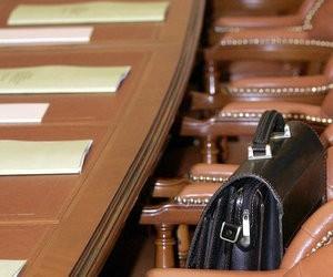 Законопроект від Кабміну: абстрактні реформи та реальність бюджетної прірви