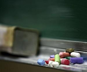 Чиновників просять не виганяти вчителів у відпустки